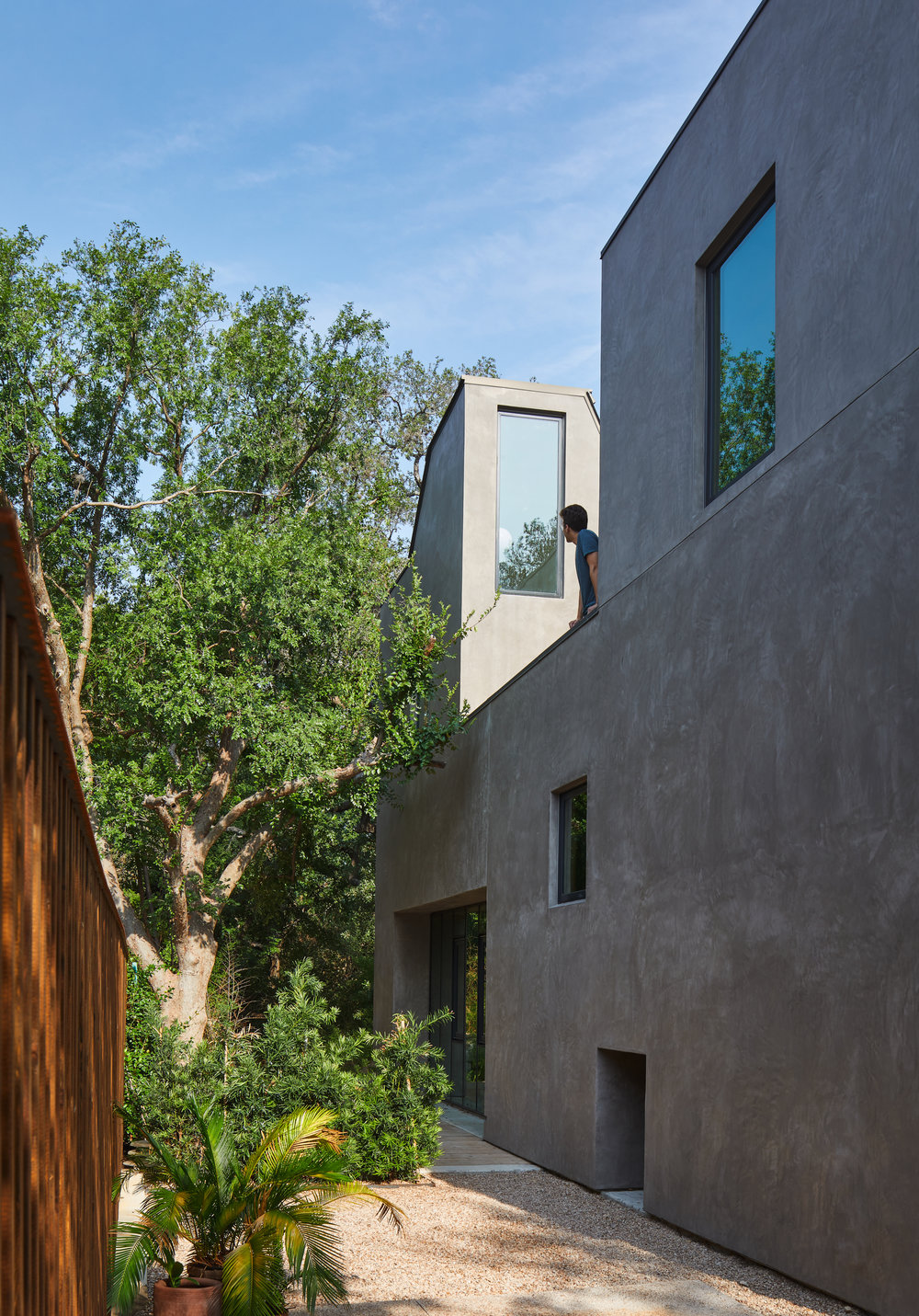 South side-yard courtyard