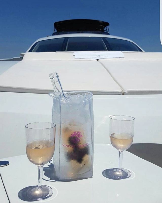 Minuit Rose boating all the way! #maisonminuitrose #rosealltheway