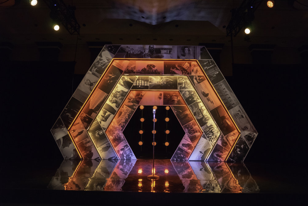 DGC Awards 2018.  Scenic Design: Michelle Tracey with Triga Creative. Lighting Design: Shannon Lea Doyle. Creative Director: Charles Officer. Photo by: Lyon Smith