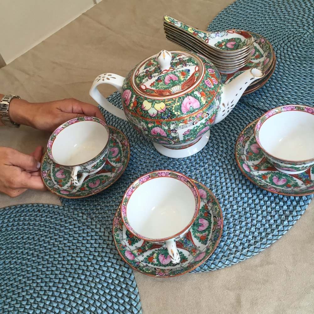 A beautiful China tea set.