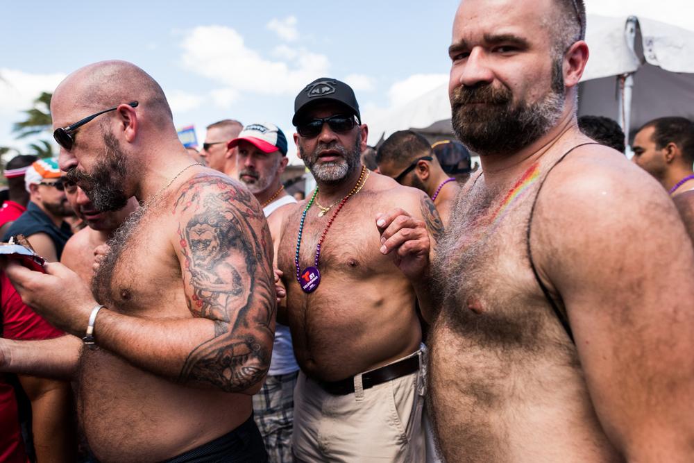 Boys-Gay-Pride-34.jpg