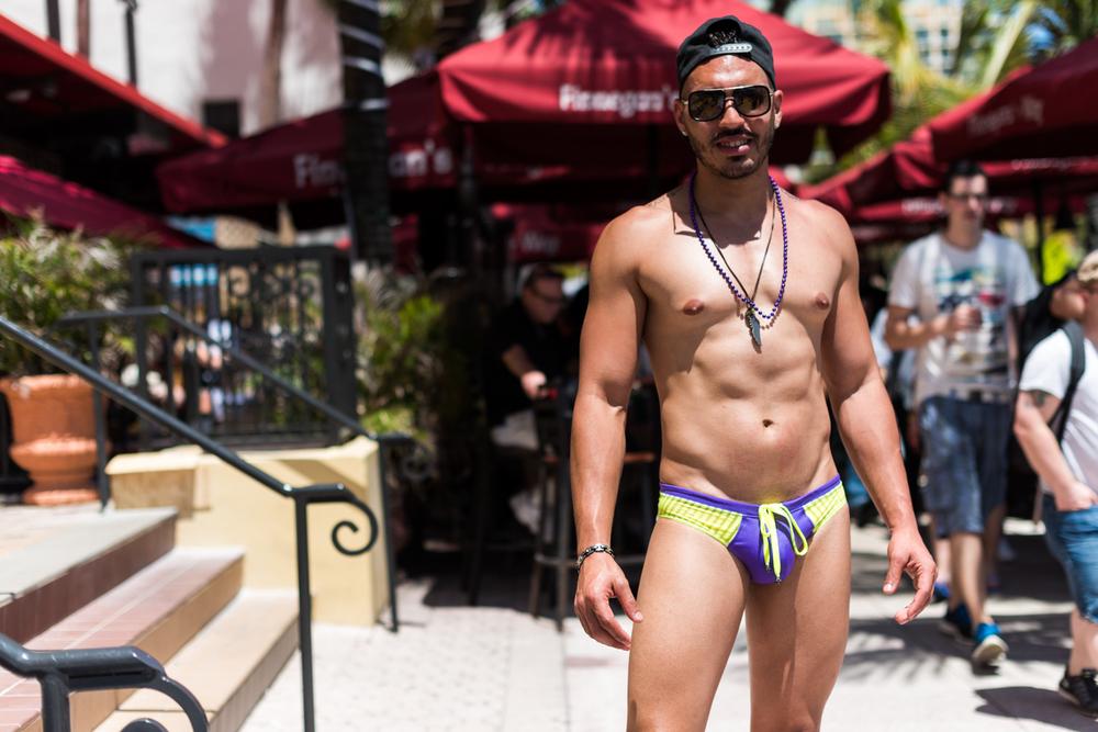 Boys-Gay-Pride-3.jpg