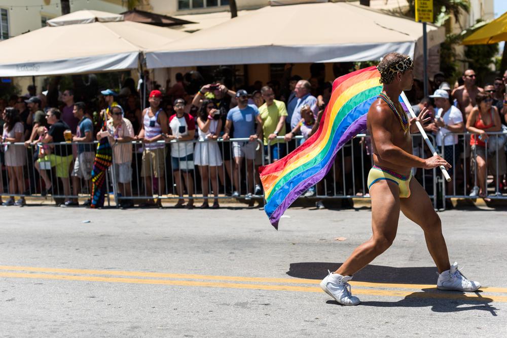 Boys-Gay-Pride-2.jpg