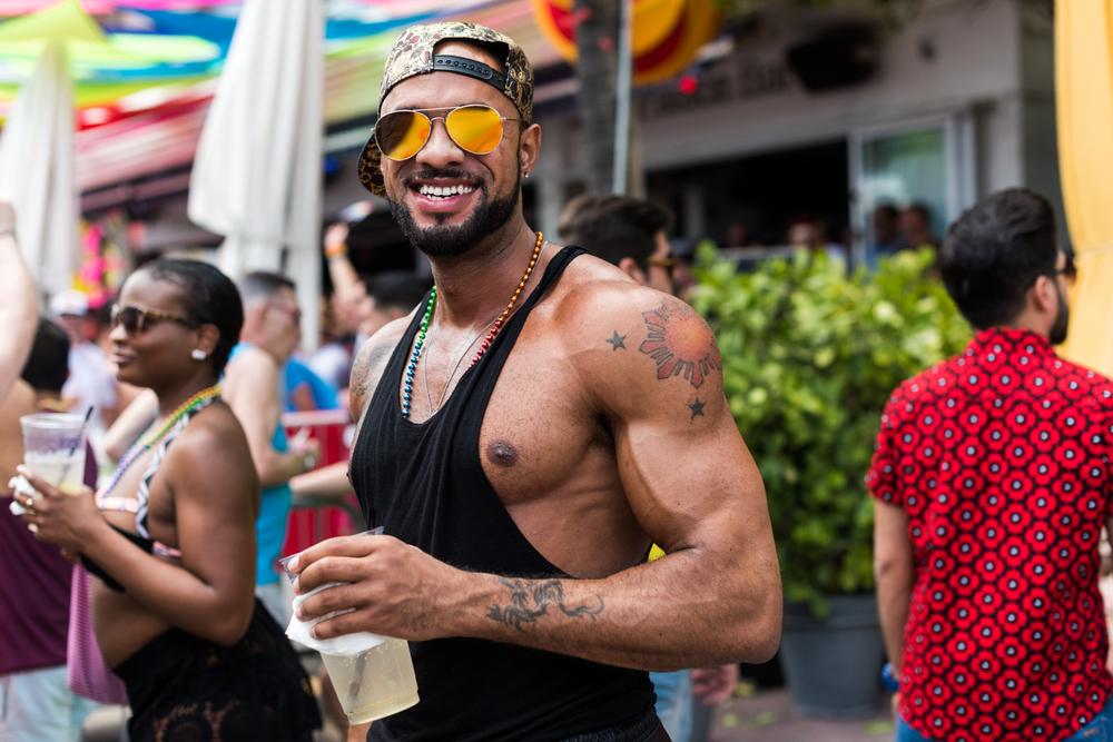 Boys-Gay-Pride-19.jpg