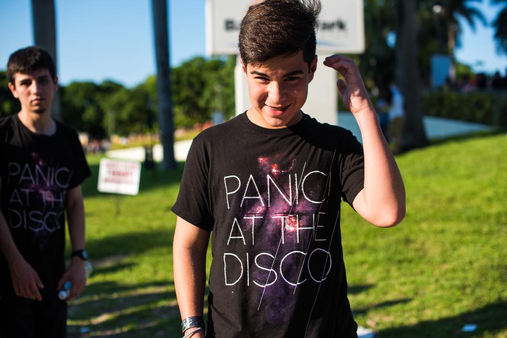 Weezer-Panic-7.jpg