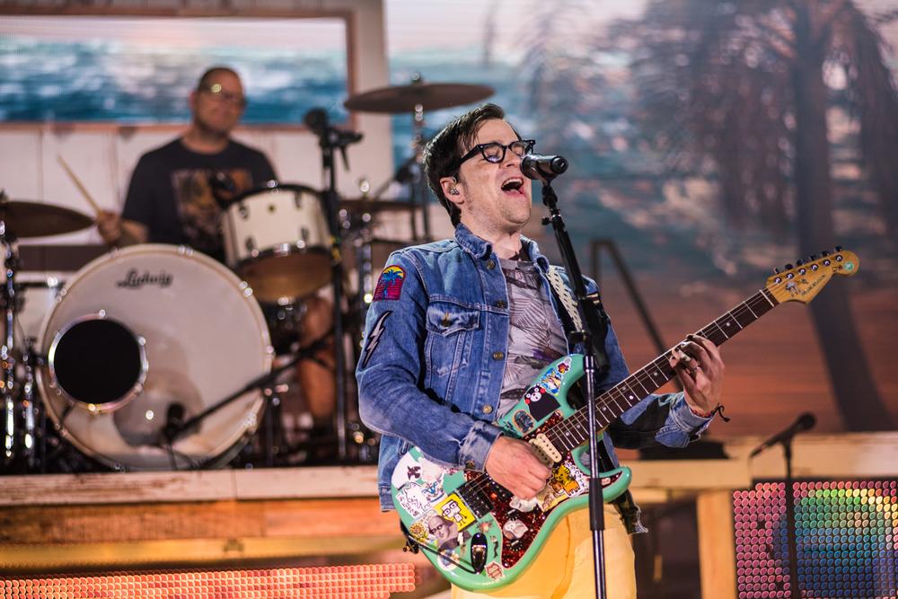 Weezer-Panic-55.jpg