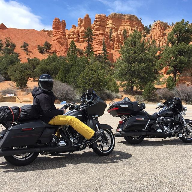 First leg of our road trip today. Bryce Canyon is amazing! We had rain, snow and this 5 minutes of sun☀️ on to the Grand Canyon tomorrow.