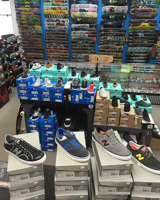 Tons of awesome new shoes in this week! We are also having a huge shoe sale as well. Lots of deals store wide and free #bop @fiftyfiftybottles with $300 purchase this weekend only.  A $30 value