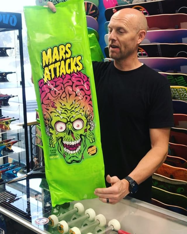 Just got 50 of the sickest new #marsattackssantacruz limited boards! Each one has mystery packaging so we had to open one!