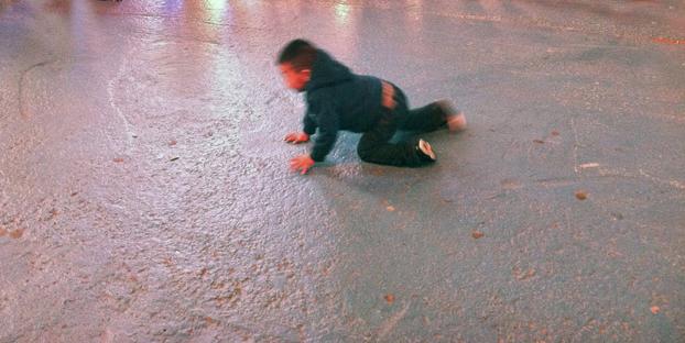 Infant breakdancer, 42nd St
