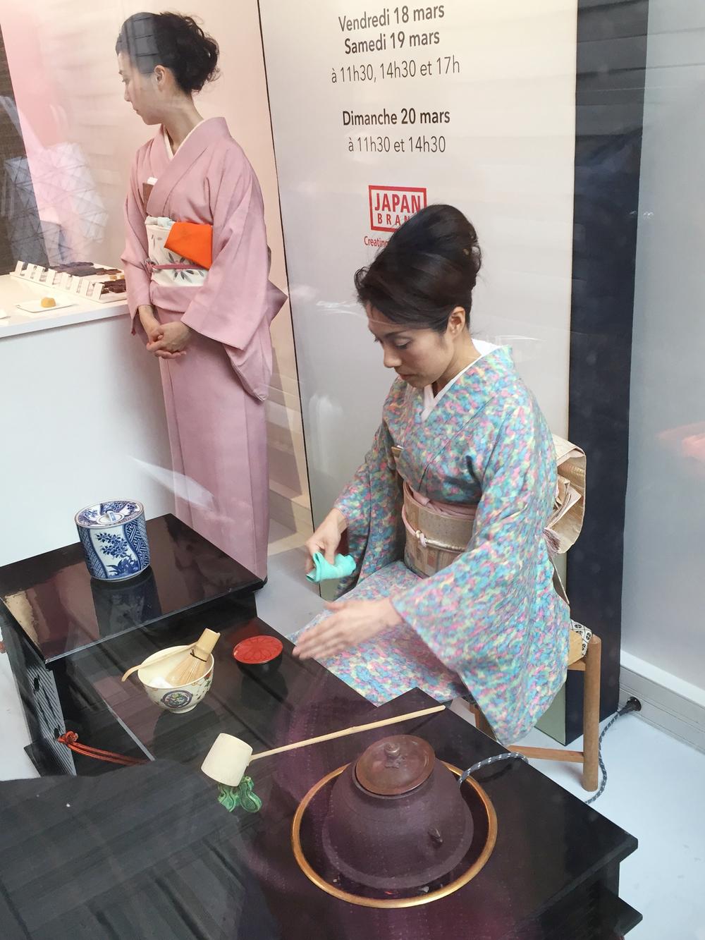Démonstration d'une cérémonie du thé