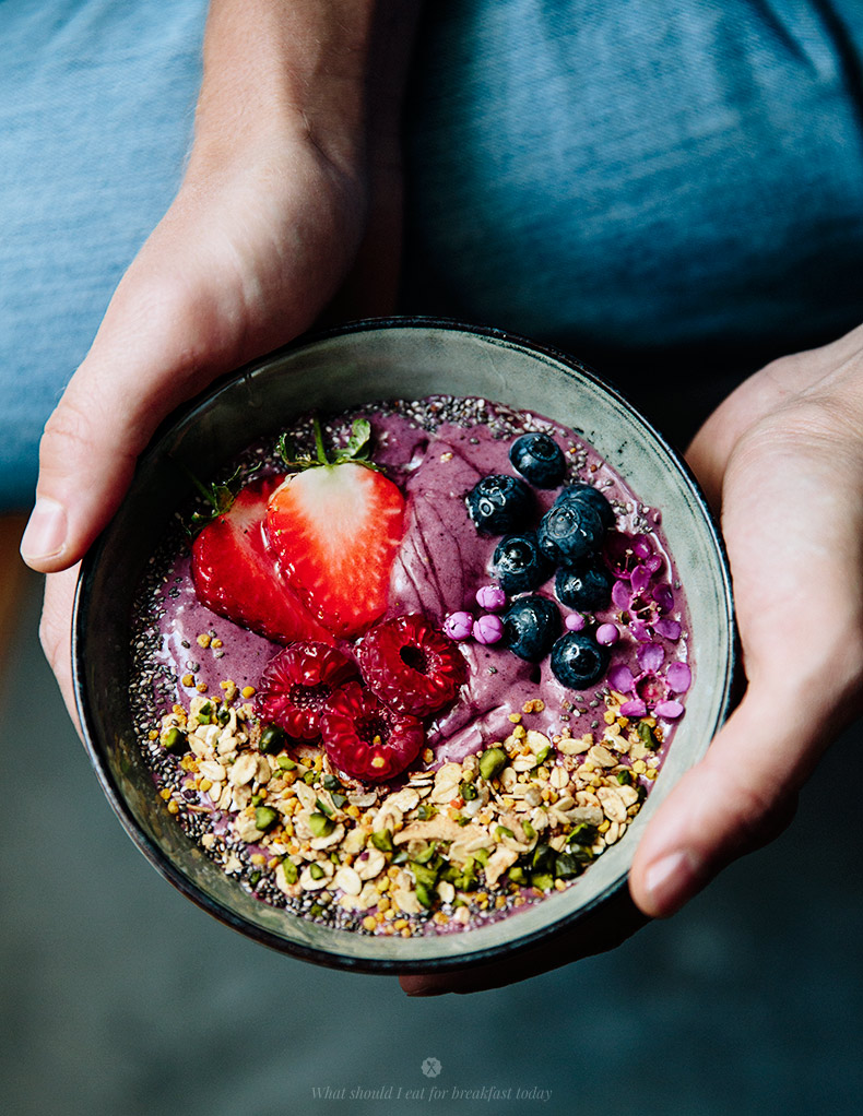 acai_bowl_breakfast_3.jpg