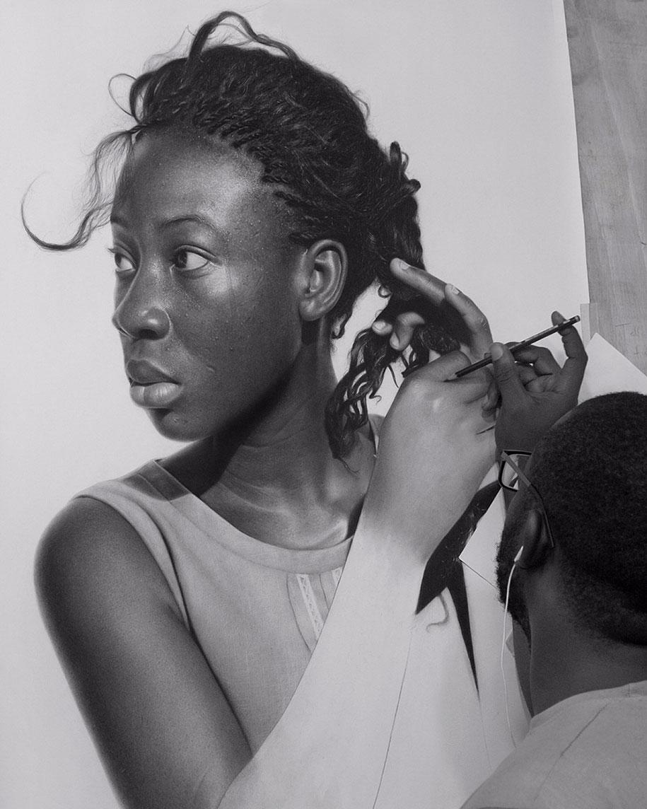 aits hyperréalistes complètement fous,réalisés simplement au crayon par l'artiste nigérian  Arinze Stanley
