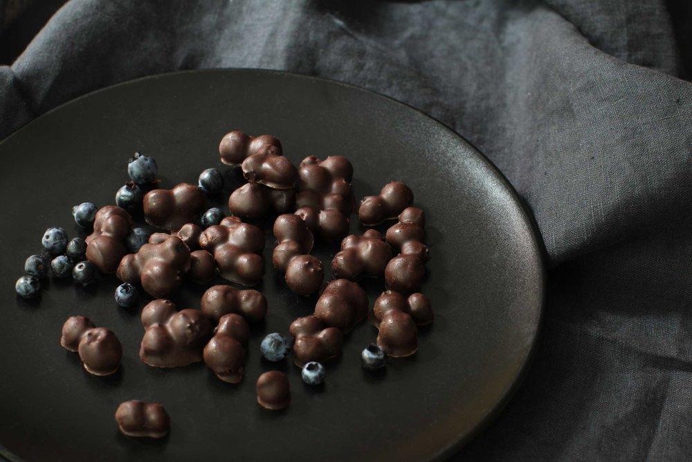 QC-bleuet-au-chocolat-1.jpg