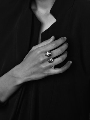 triple+solitaire+ring+FW16-17+LLY+Atelier.jpg