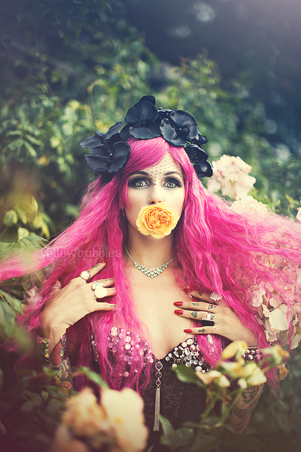 Styling:   Spoiled Cherry    Photography:   Yellow Bubbles    Model:   Dolores Kelley