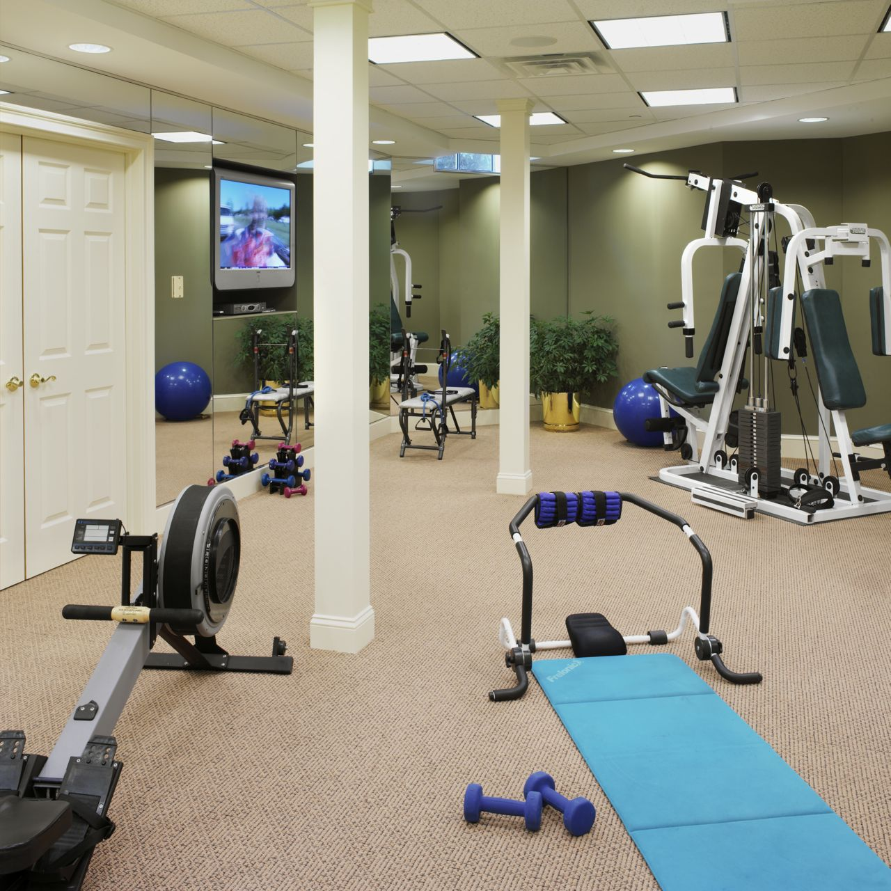 Build your perfect home gym the better mom Build your home