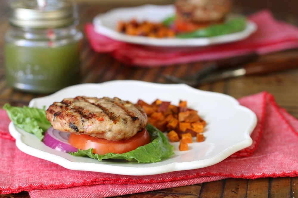 Grilling is such a quick & easy way to get a healthy meal on the table fast!  Especially when you serve simple healthy recipes like these tasty Southwestern Chicken Burgers. Yum!