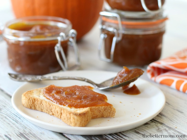 Autumn is pumpkin season! What better way to enjoy the flavors of fall than to whip up some easy Slow Cooker Pumpkin Butter with your kiddos. Check out our recipe for lots of ideas for enjoying it in your favorite dishes!