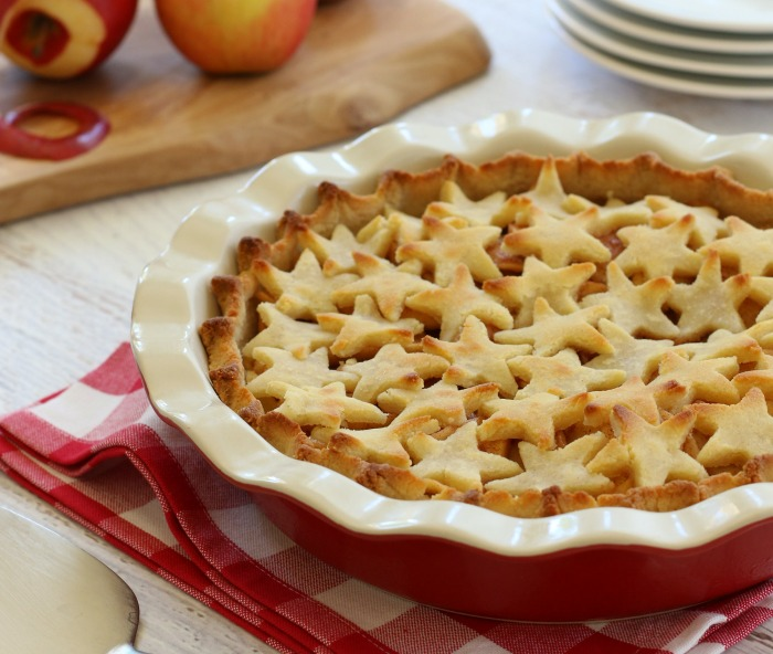 This delicious  naturally-sweetened apple pie filling  is made using pure maple syrup and just a hint of vanilla and is perfect for making yummy Thanksgiving pies!