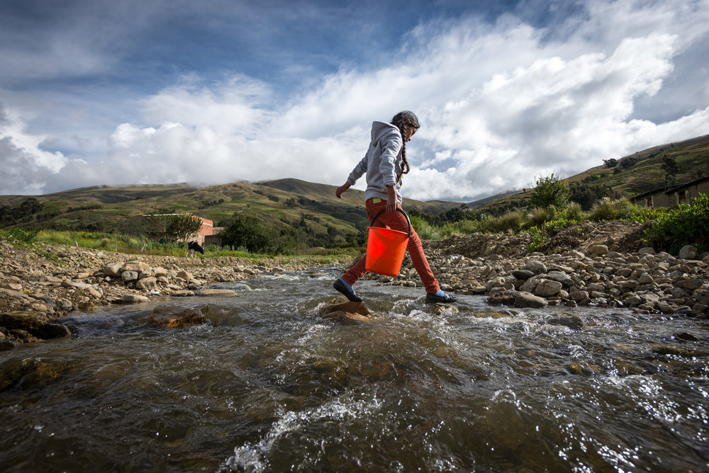 On Saturday May 6, 2017, people from around the globe will walk or run 6 kilometers to support World Vision's water initiatives through the World Vision 6k for Water. Will you join us??
