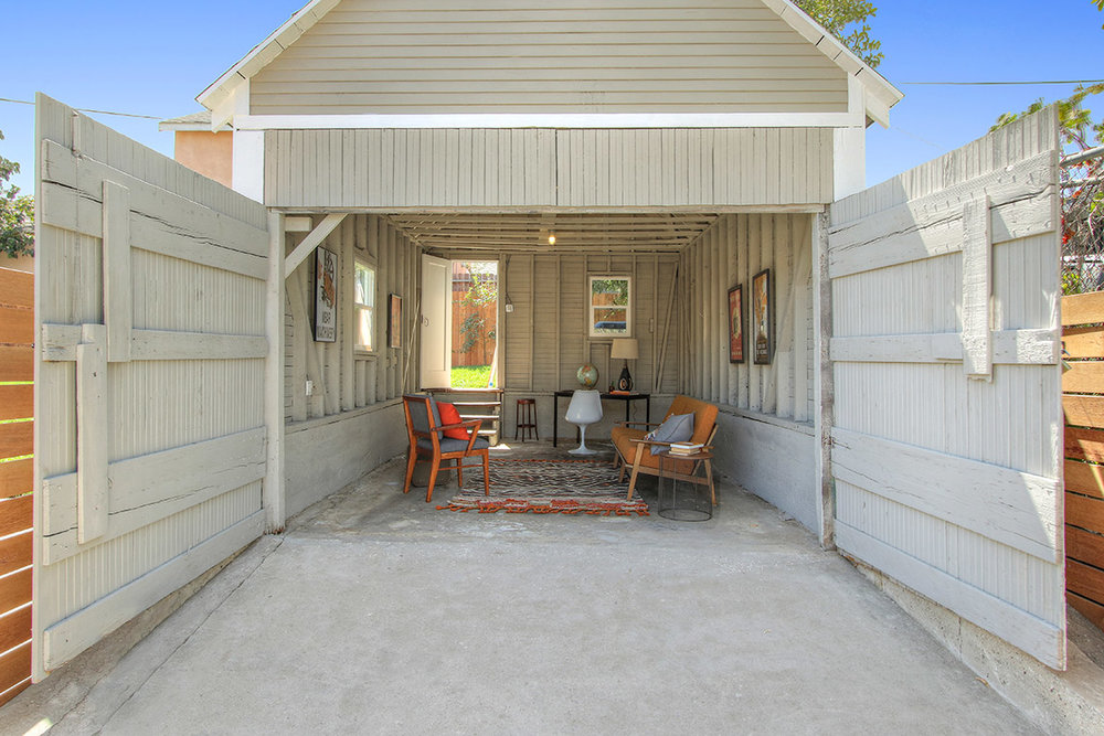 We Love Staging Garages, And This One Was No Exception. Industrial Touches  Feel Right At Home Here   Along With A Few Mid Century Modern Pieces.
