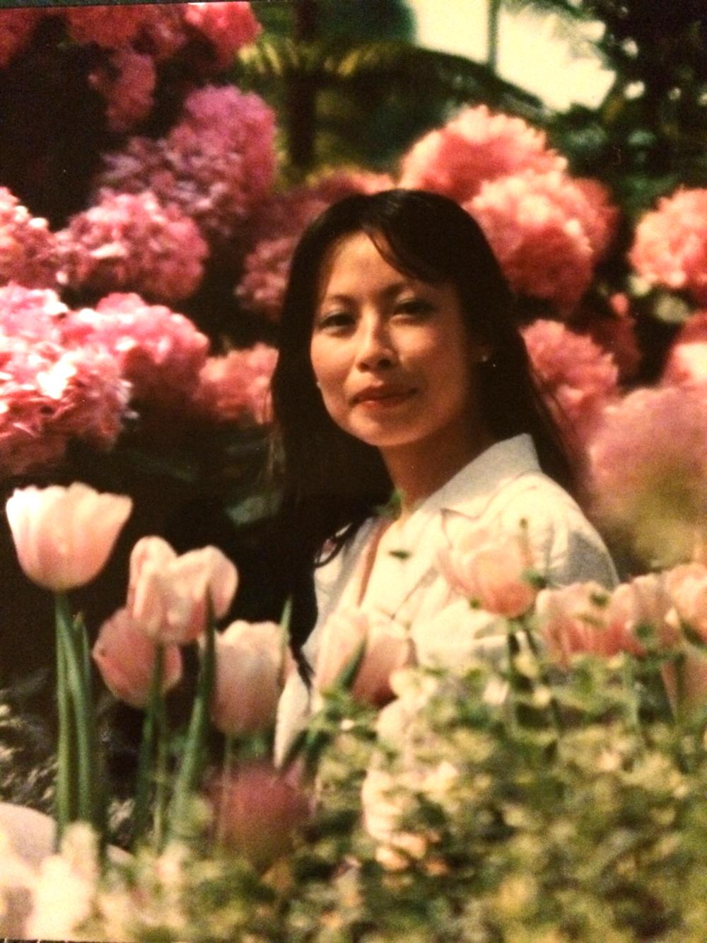 My gorgeous mommy, circa 1985-ish.