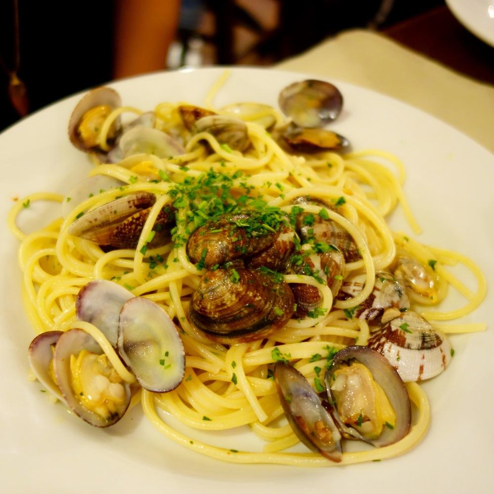 Spaghetti with Clams at Da Francesco.