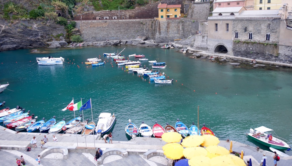 every town is full of the cutest little boats!! i wanted to steal one ;)