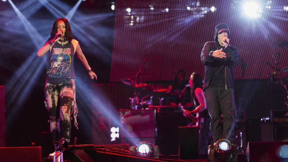 Eminem x Rihanna - 'Monster Tour' + Wembley
