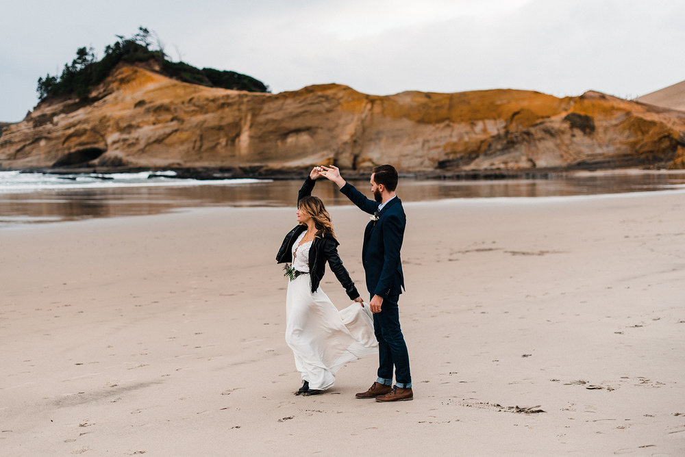 Oregon_Coast_Elopement_Wedding_The_Foxes_Photography_077-2.jpg