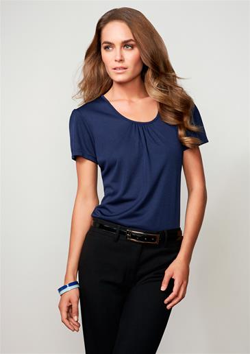 shirting-2013_pg14_chic-blue_ladies_0477_365.jpg