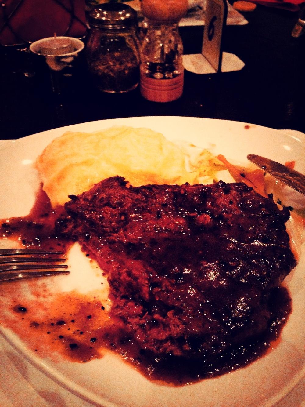 Bistro7_steak2