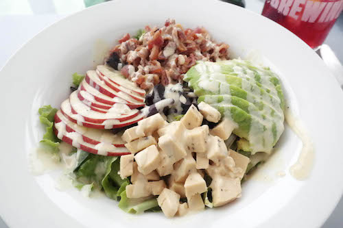 Avo Bacon & Smoked Cheese Salad -