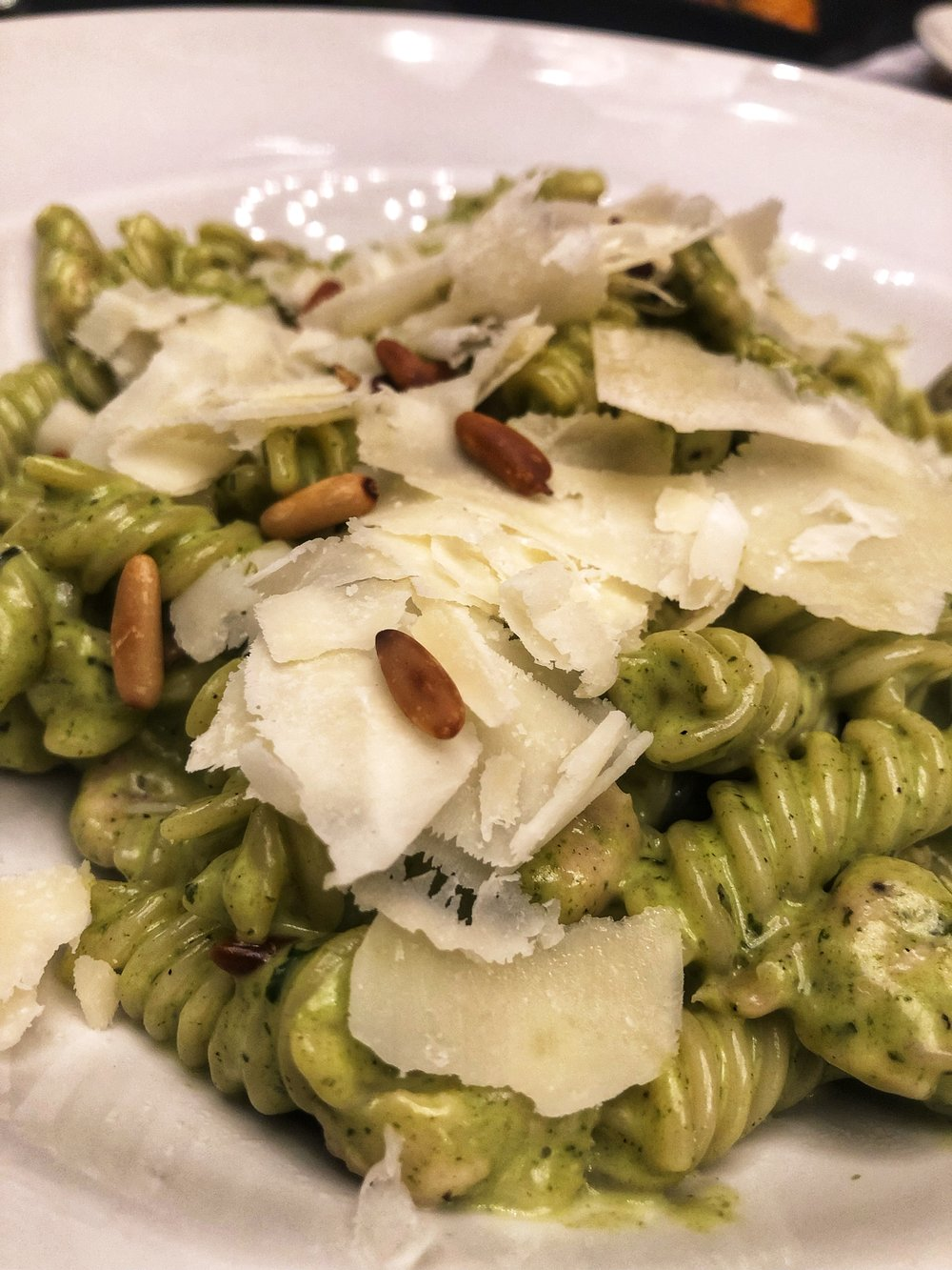 Casper & Gambini's Chicken Pesto Pasta