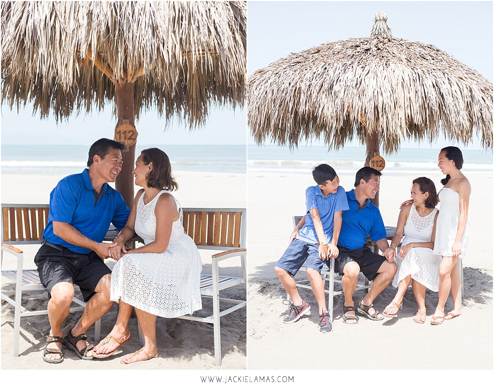 beach-family-photos-puerto-vallarta.jpg