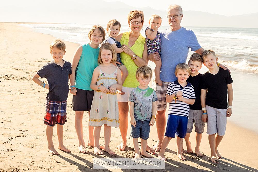 amazing-family-photographer-puerto-vallarta.jpg