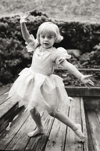 dancing girl photo by Portland photographer Linnea Osterberg