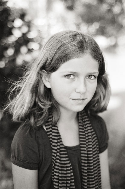 young girl portrait by Portland photographer Linnea Osterberg