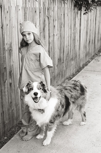 girl and dog photograph by Portland photographer Linnea Osterberg