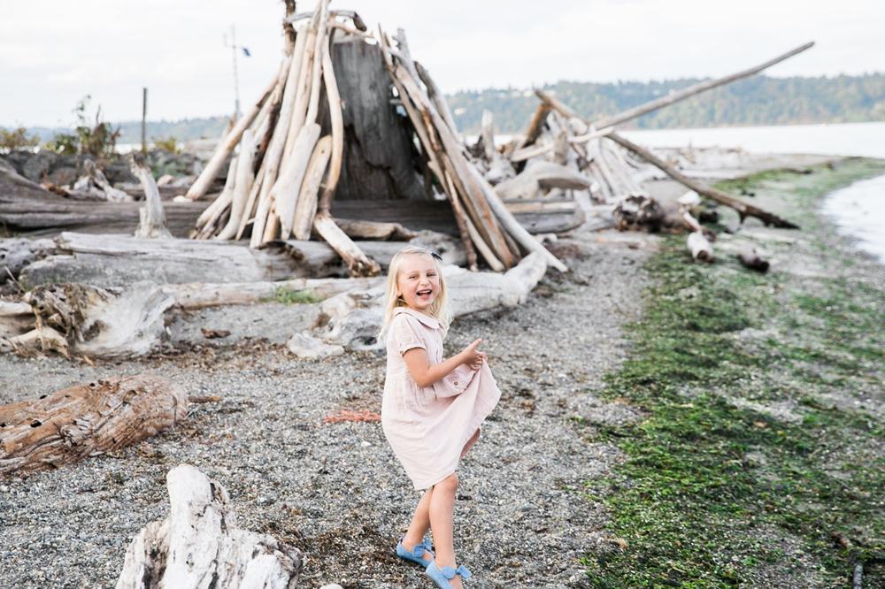 seattle-beach-family-lifestyle-photographer 5.jpg