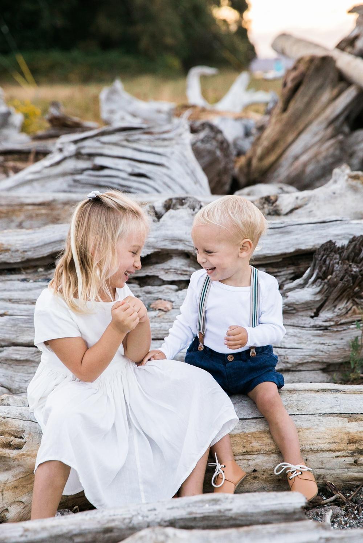 seattle-beach-family-lifestyle-photographer 16.jpg