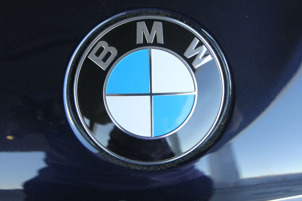 bmw12.jpg