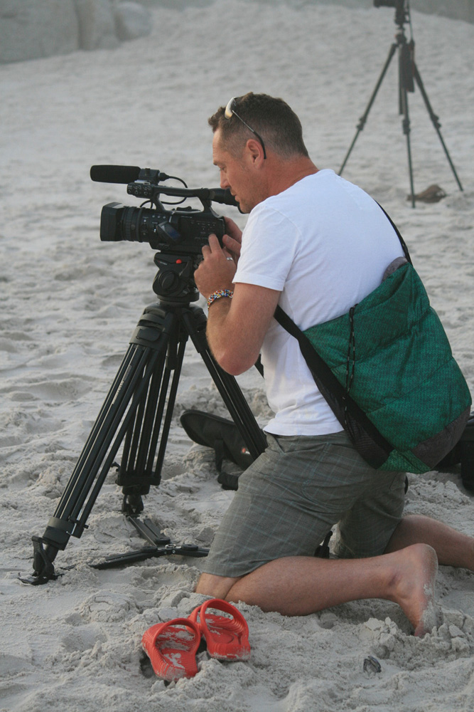 Wx shooting whales in Simon's Town v01.jpg