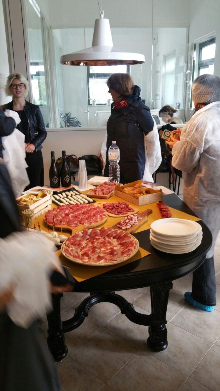 Degustazione prodotti Salumificio Santoro