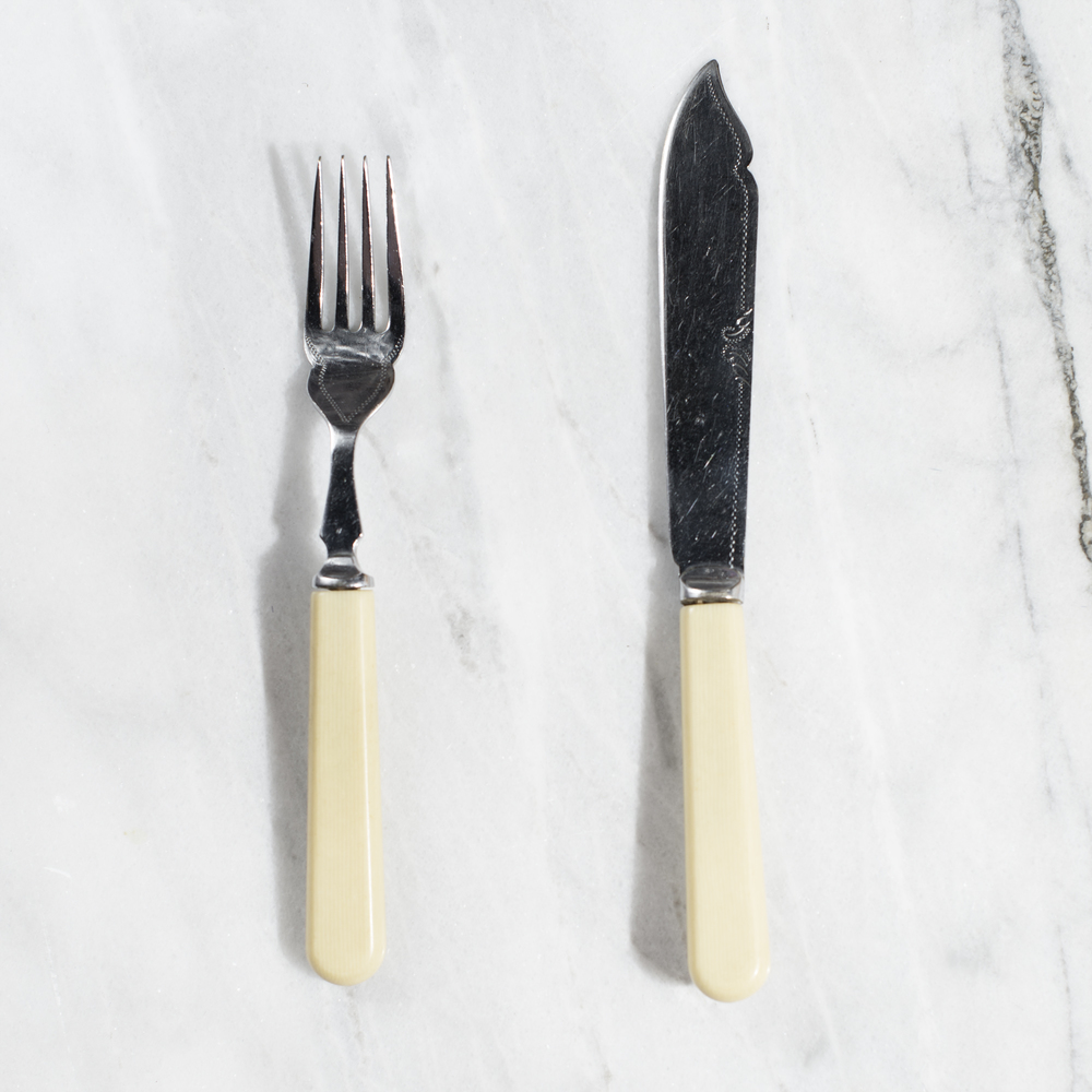 fish knife + fork