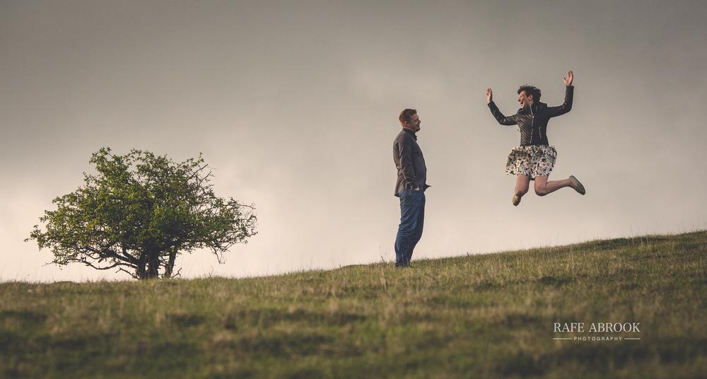 miriam & craig engagement shoot barton hills springs bedfordshire-1030.jpg
