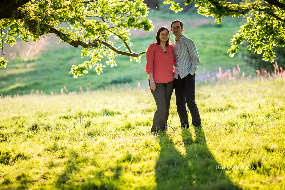 david & hannah engagement shoot hampstead heath london-2007.jpg