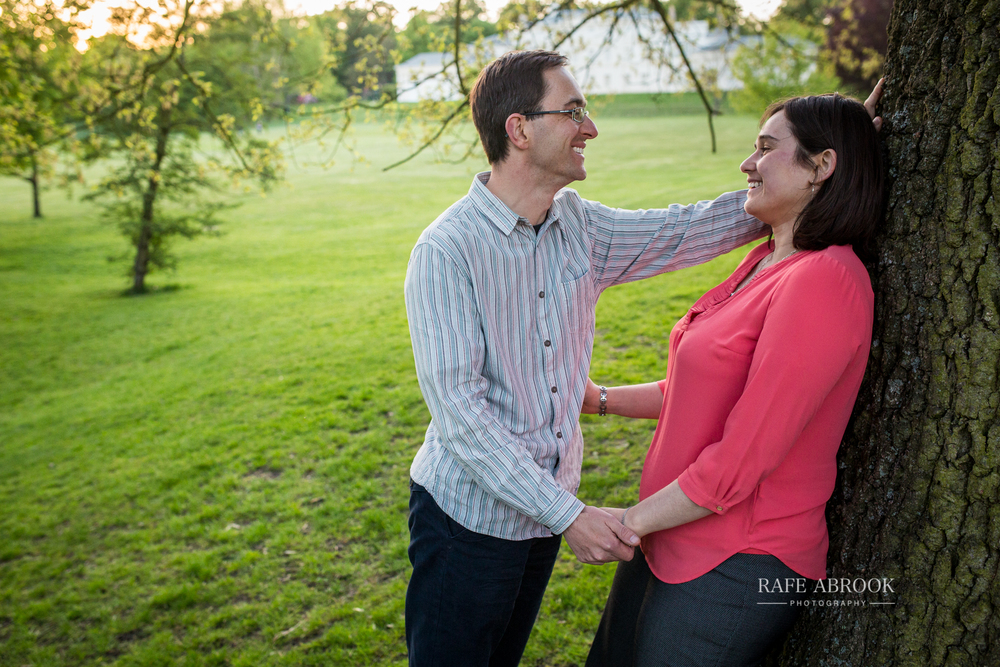 david & hannah engagement shoot hampstead heath london-2027.jpg