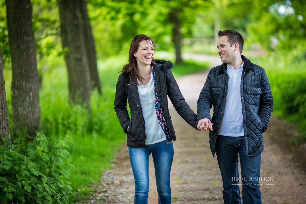 andy & eloise engagement shoot donnington castle berkshire-1043.jpg
